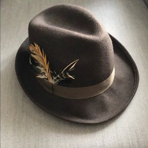 Felt fedora hat with feather accent